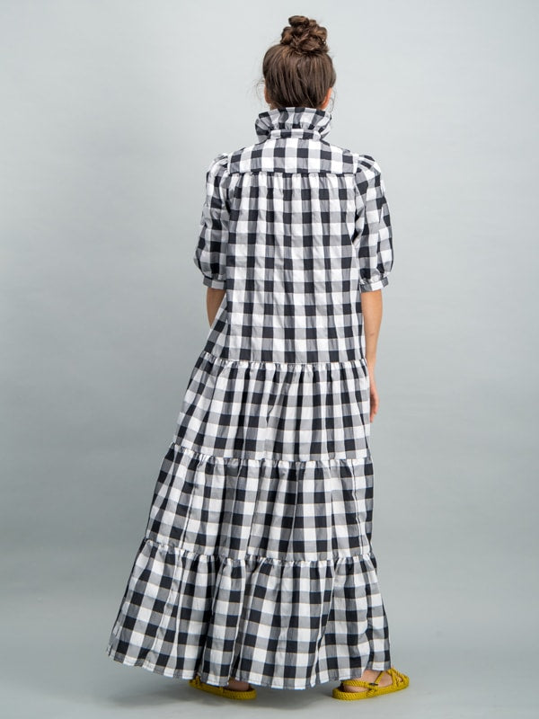 Collared short sleeve tiered maxi dress - Black/ white check