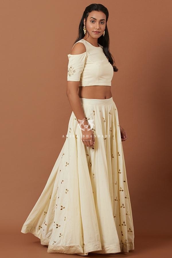 Load image into Gallery viewer, Bhumi Pednekar In Lemon Yellow Lehenga Set Set