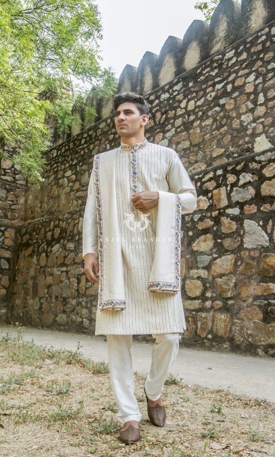 Classic Kurta With Shawl Menswear
