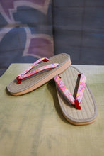 Load image into Gallery viewer, Women's Medium Tatami Sandals