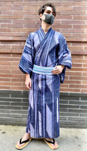 Load image into Gallery viewer, Men's geometric stripes yukata