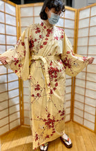 Load image into Gallery viewer, Light Beige Cotton Kimono Robe