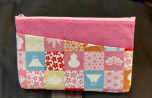 Load image into Gallery viewer, Kimono fabric zippered pouch