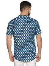 Load image into Gallery viewer, Tusok-Vacation-Printed Shirtimage-BlueGeometric (5)