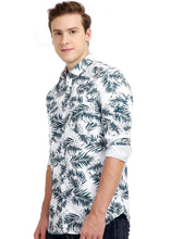 Load image into Gallery viewer, Tusok-dukeVacation-Printed Shirtimage-Whie Black Palm Full (2)
