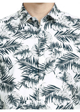 Load image into Gallery viewer, Tusok-dukeVacation-Printed Shirtimage-Whie Black Palm Full (5)