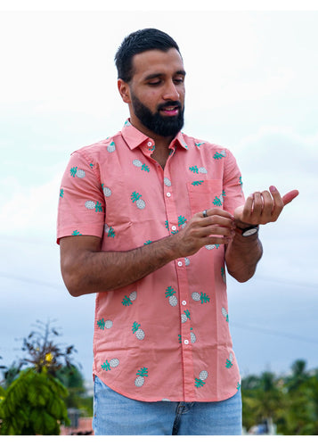Tusok-pink-pineappleFeatured Shirt, Vacation-Printed Shirtimage-Peach Pineapple (1)