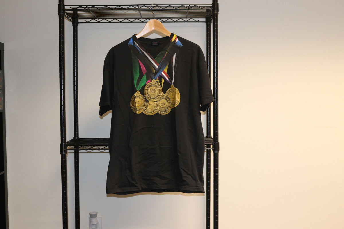 Undefeated Gold Medals 2007 Spring Hypebeast Vintage Black Tee Shirt Kanye West - Culture source