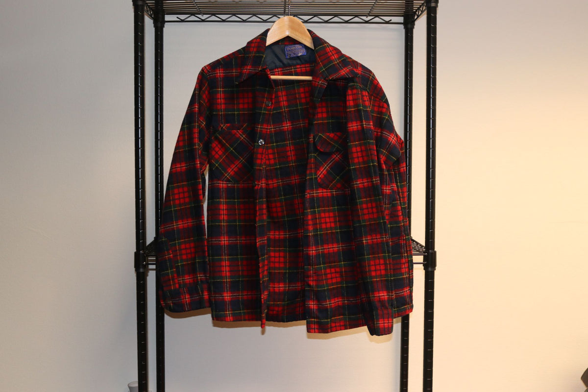Pendleton Red Black Green Xmas Plaid Flannel Button Up Collar Shirt - Culture source