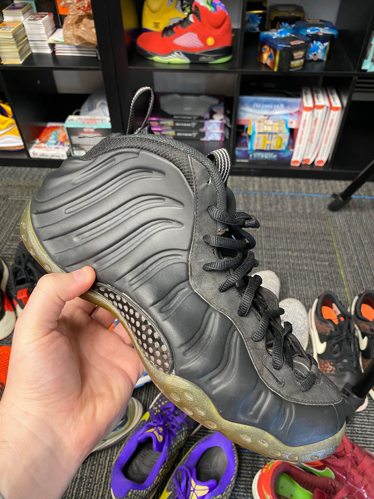 Foamposite Stealth Size 12 - Culture source