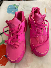 Load image into Gallery viewer, Brand New Girl's Nikes Size 3