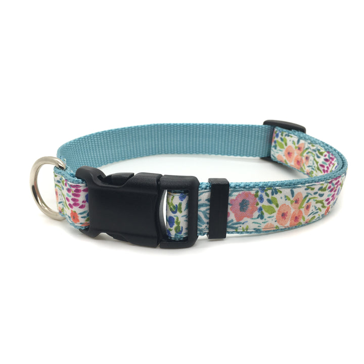 Persnickety Pets: flower garden classic dog collar