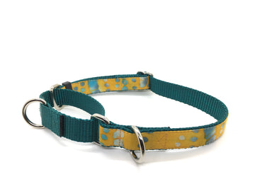Persnickety Pets: batik dots martingale collar, single