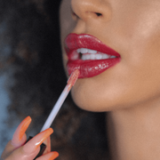 Caro Viee - 3-Piece Lip Kit - ONE CLICK b.EAUTY