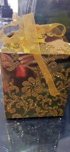 Golden Gift boxes 10 x 10 cm
