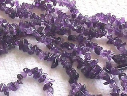 "Purple Amethyst Polished Semi Precious Chips 36"" Str A"