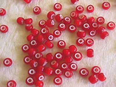 1/0 Red White Heart Czech Crow Seed Beads