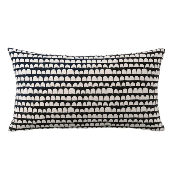 PILLOW IN HANNU - BLACK ON ECRU