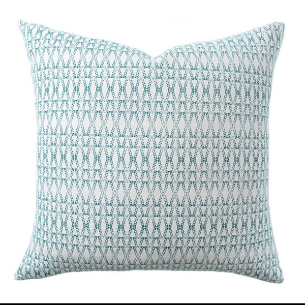 PILLOW IN KETUT - TEAL