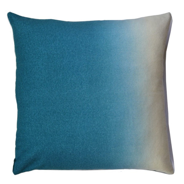 PILLOW IN DIP DYED - PEACOCK