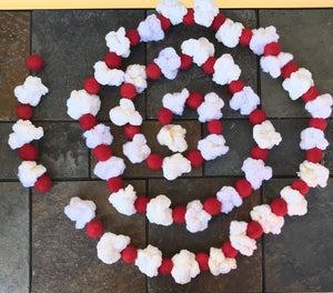 Popcorn and Cranberry Garland - Crochet and Felted