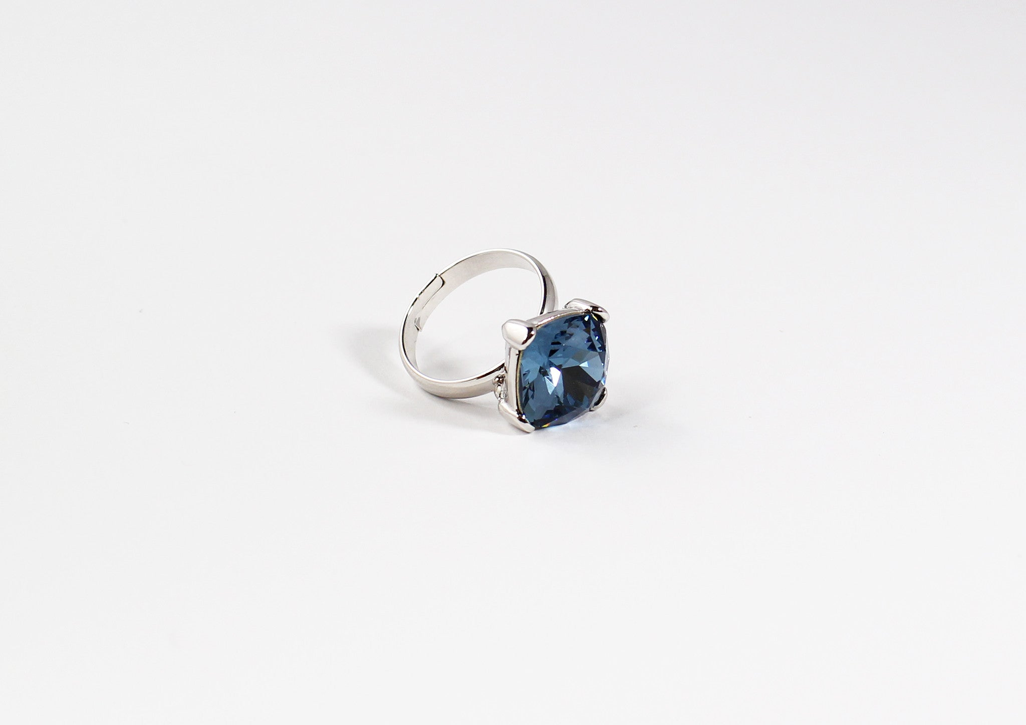 SWAROVSKI Crystal Sea Blue Ring