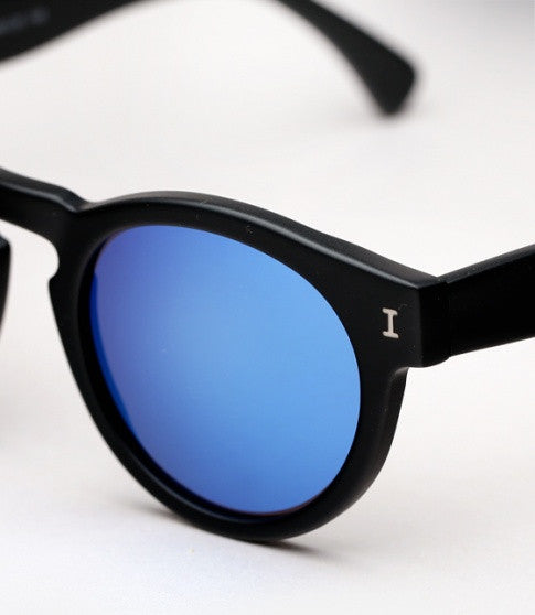 ILLESTEVA LEONARD BLACK MATTE BLUE LENS - Cloak and Dagger NYC