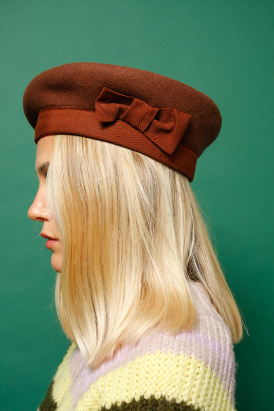 VINTAGE BROWN ITALIAN MADE WOOL HAT