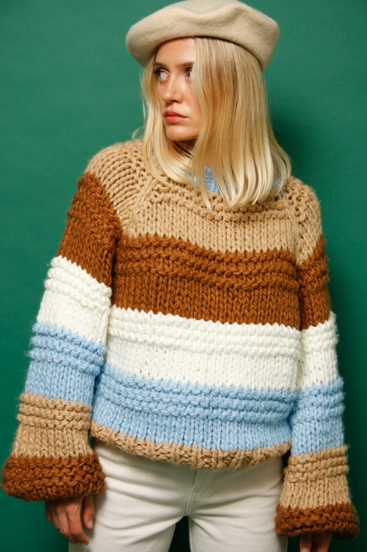 SKY CHUNKY KNIT SWEATER
