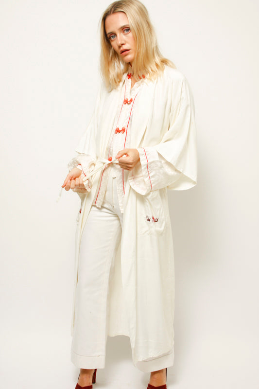 VINTAGE ROMANTIC CHINESE ROBE