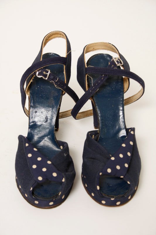 VINTAGE 1940'S NAVY POLKA DOT SHOE AND TURBAN SET