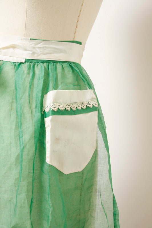 VINTAGE GREEN SHEER APRON WITH WHITE TRIM