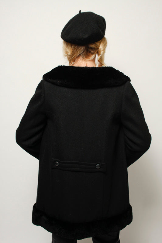 VINTAGE 60'S BLACK DOUBLE BREASTED FUR COLLAR COAT
