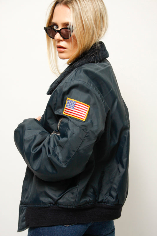 VINTAGE NAVY NYLON FLIGHT JACKET