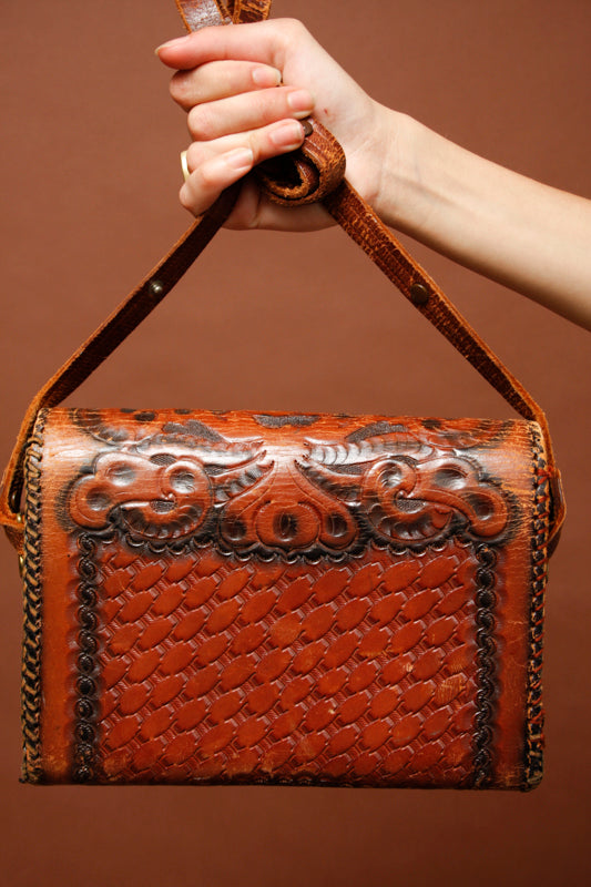 VINTAGE 70'S TOOLED PURSE