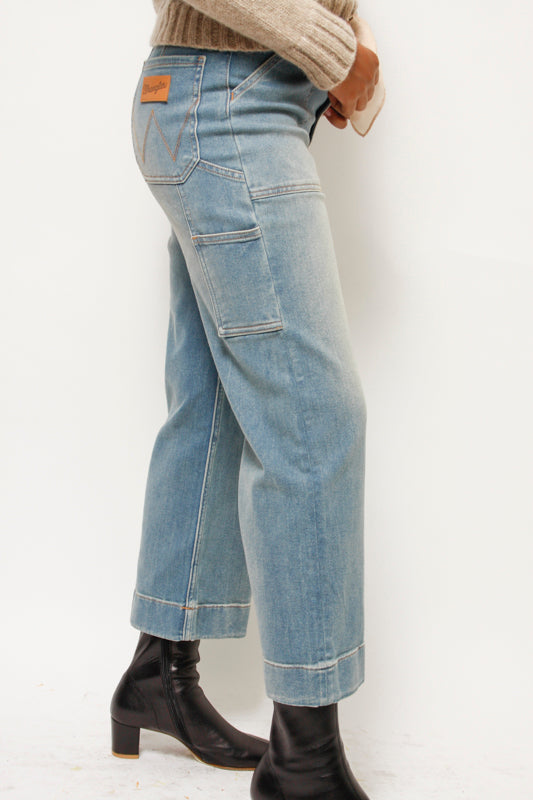 WRANGLER HIGH RISE UTILITY CROP