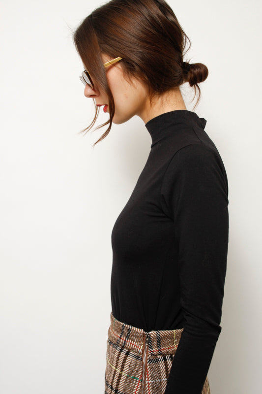 LYKKE WULLF FIELD MOCK NECK TURTLENECK