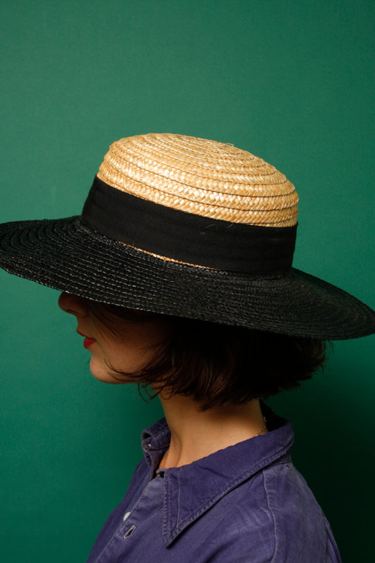 VINTAGE BLACK RIM STRAW HAT
