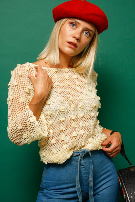 VINTAGE DAISY APPLIQUE CROCHET TOP