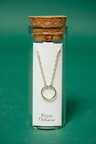 KRIS NATIONS SIMPLE CIRCLE GOLD CHARM NECKLACE