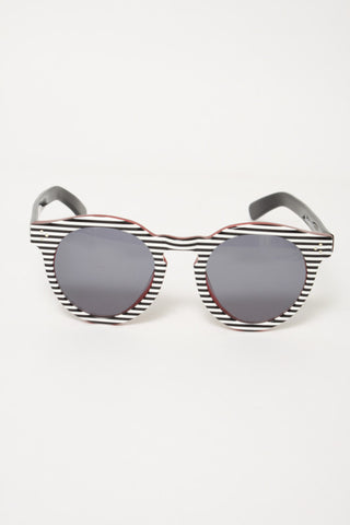 ILLESTEVA LEONARD 2 STRIPES SUNGLASSES