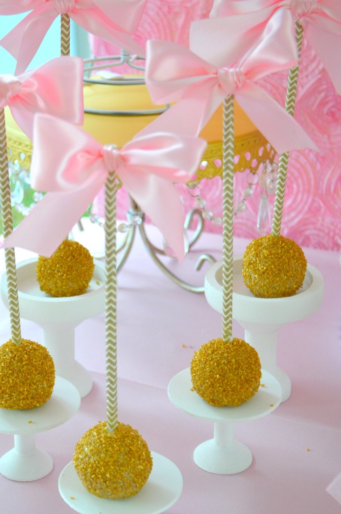 PINK-AND-GOLD-BALLET-THEMED-PARTY-BALLERINA