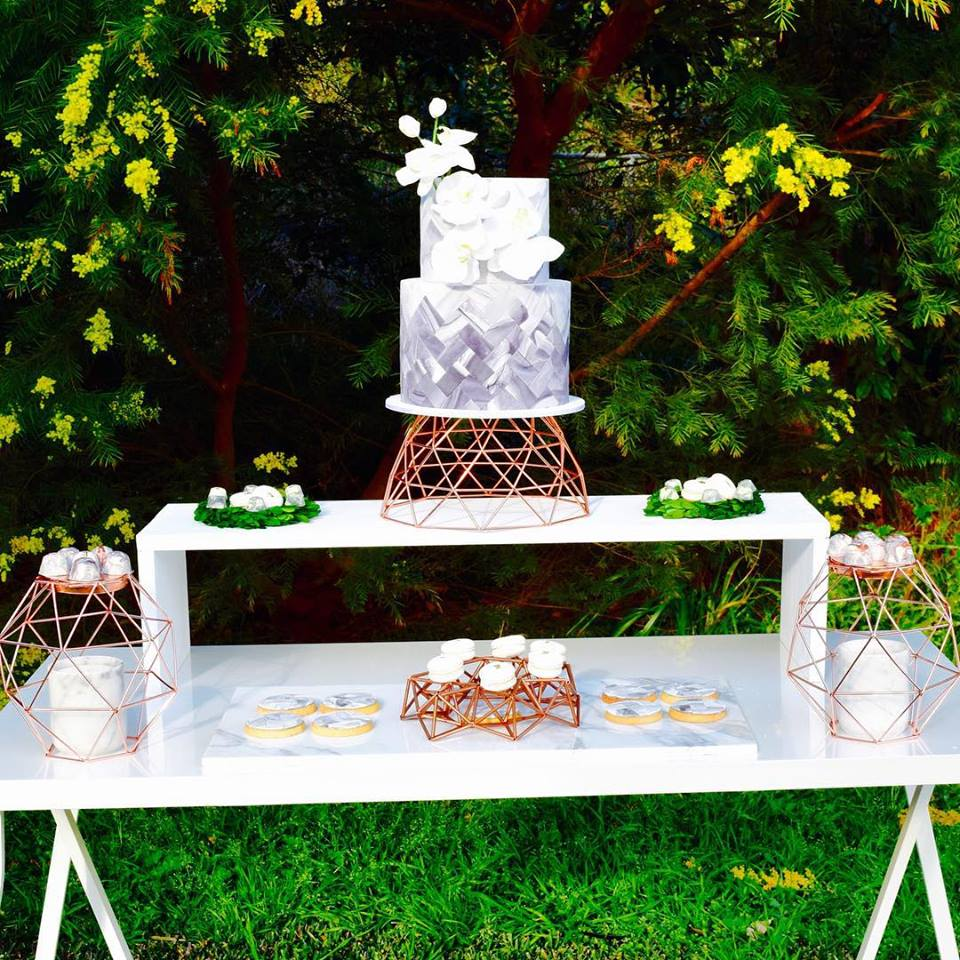 marble-copper-dessert-table