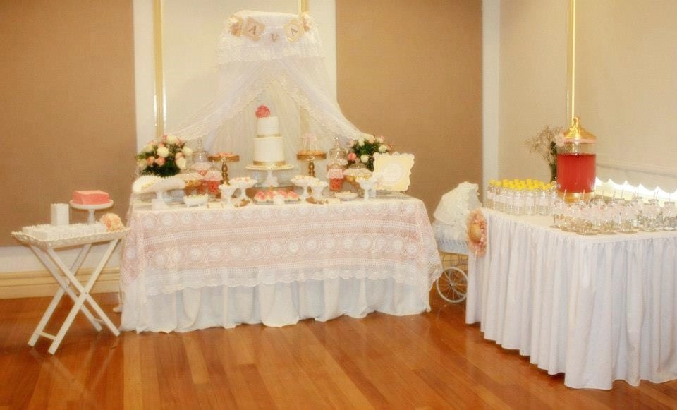 vintage-peach-gold-babyshower-dessert-buffet-candy-buffet
