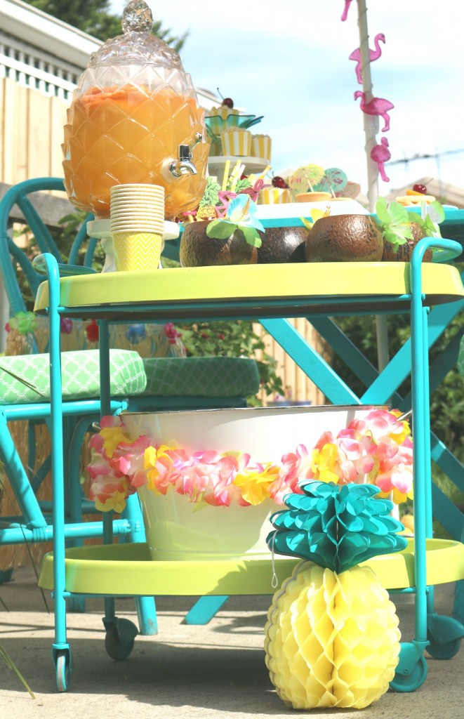 drink-station-tropical-party