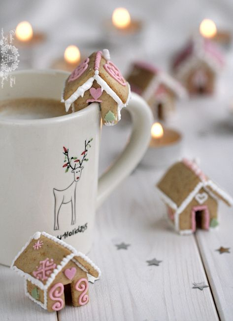 Mini Gingerbread Houses on a cup