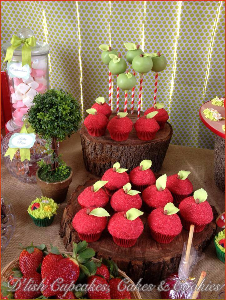 little-red-riding-hood-birthday-party-girls-party-apple-cakepops
