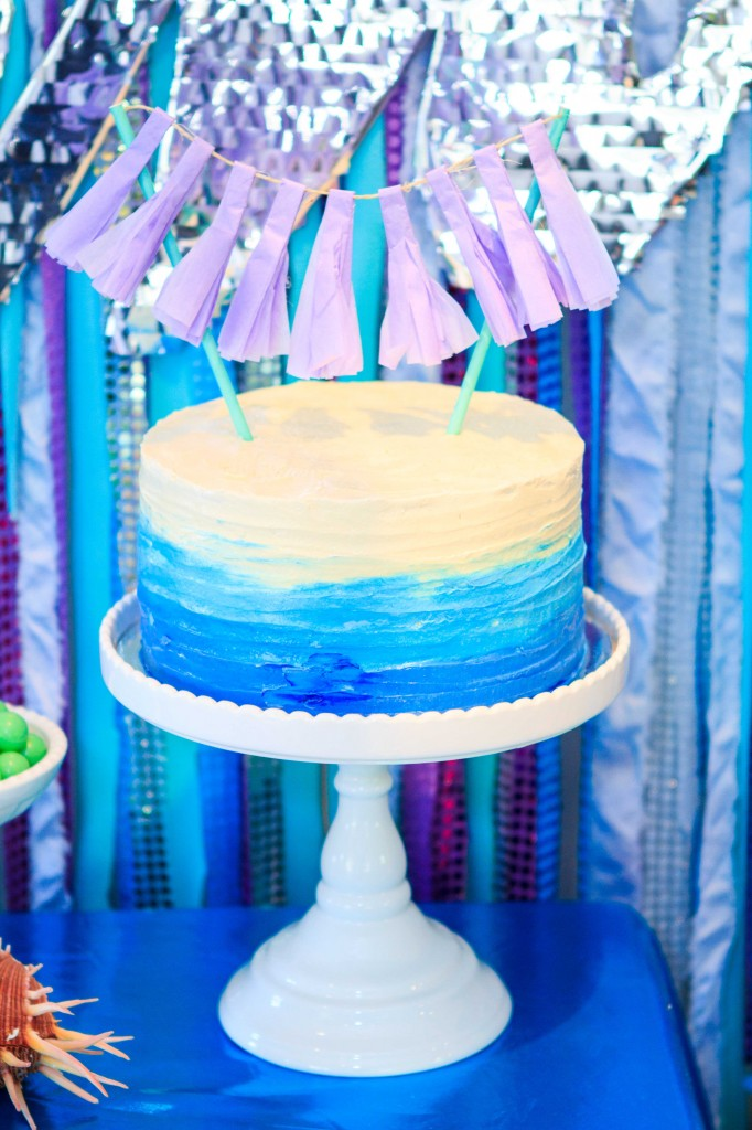 OMBRE-BLUE-RUFFLED-CAKE