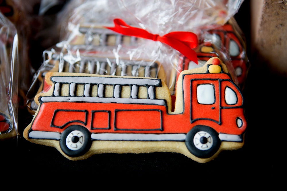FIRE-ENGINE-TRUCK-BIRTHDAY-PARTY