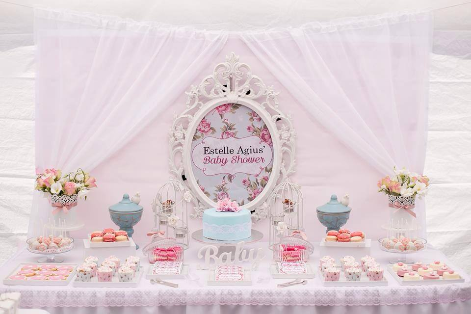 shabby-chic-floral-dessert-table